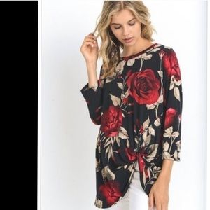 Tops - Gorgeous Rose Print Top. Large. NWOT